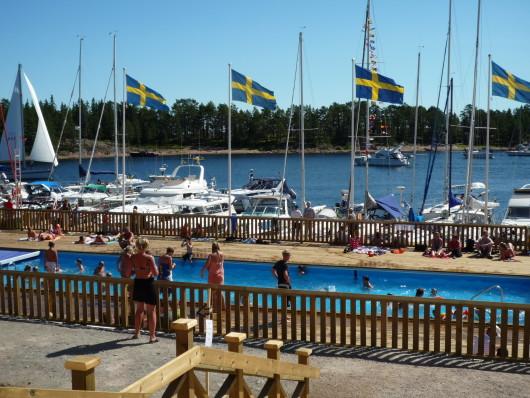 Gästhamn och pool