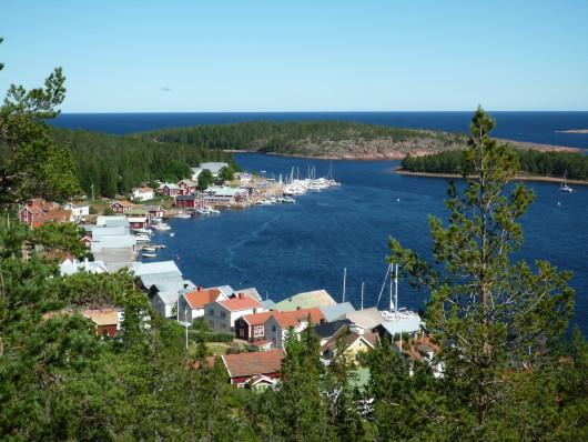 Ulvöhamn från Lotsberget.